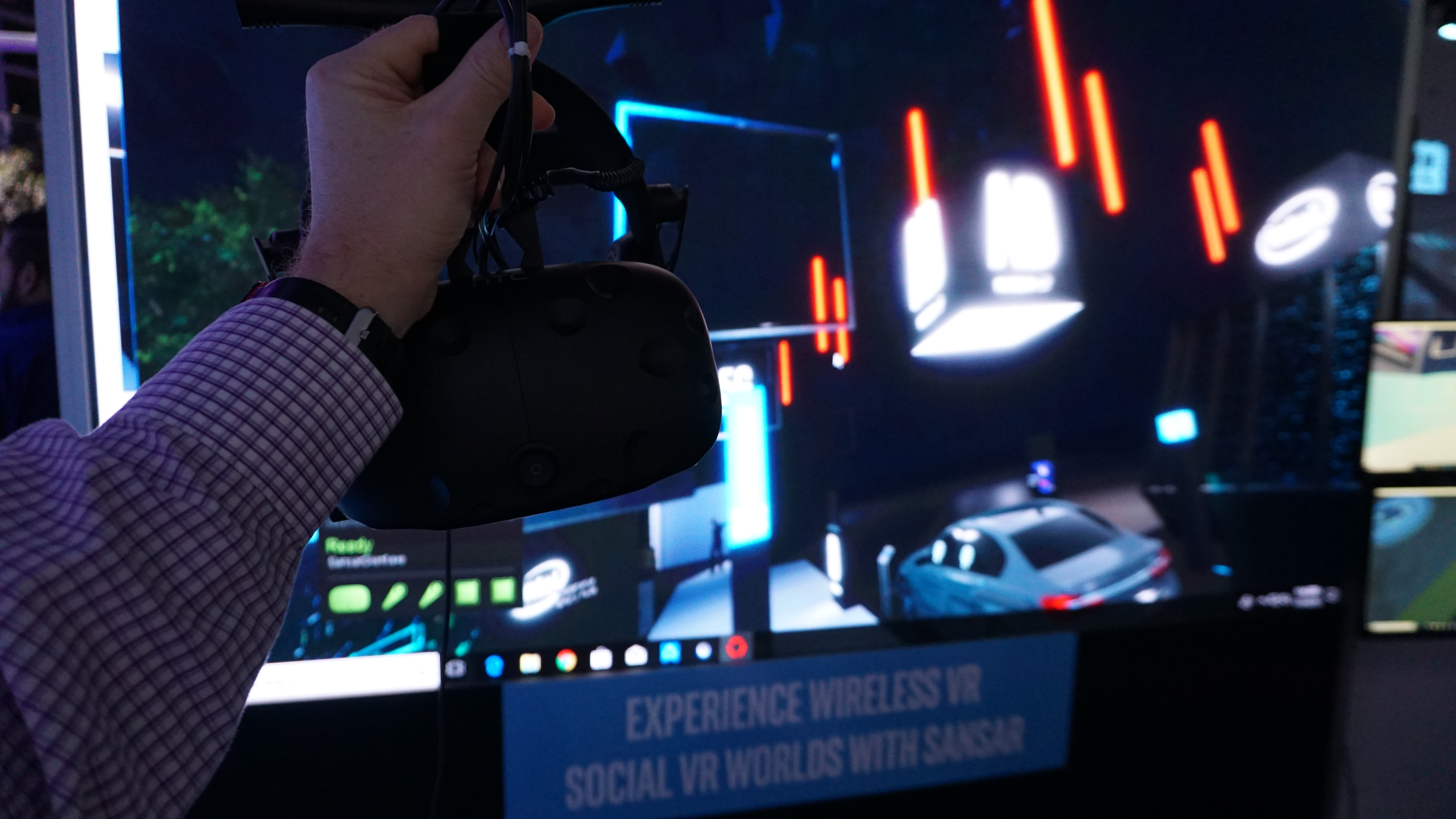 HTC VIVE versus VIVE PRO virtual reality, and wireless