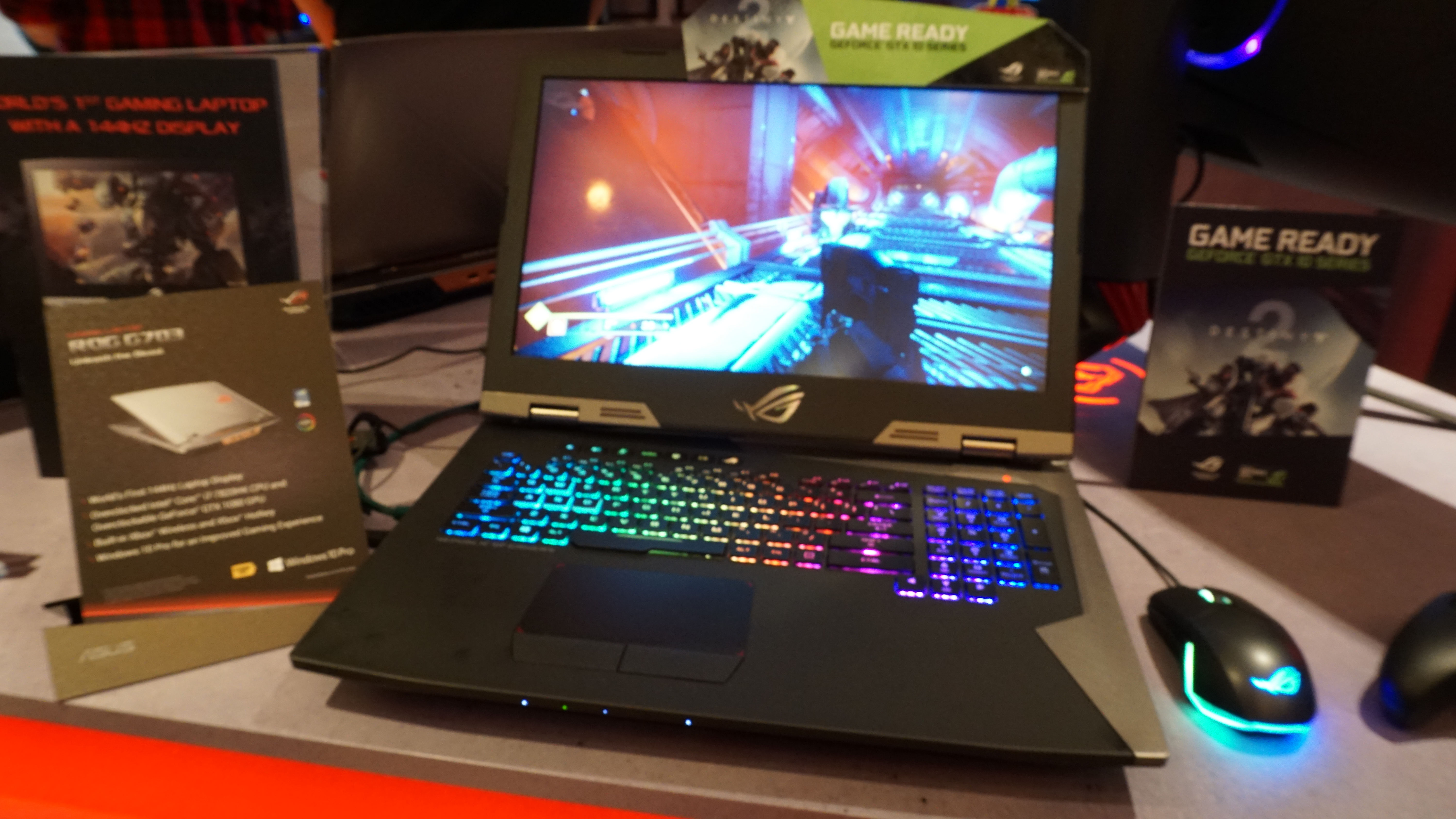 ASUS ROG Gaming Laptop with 144 Hz IPS G-SYNC display | Blur